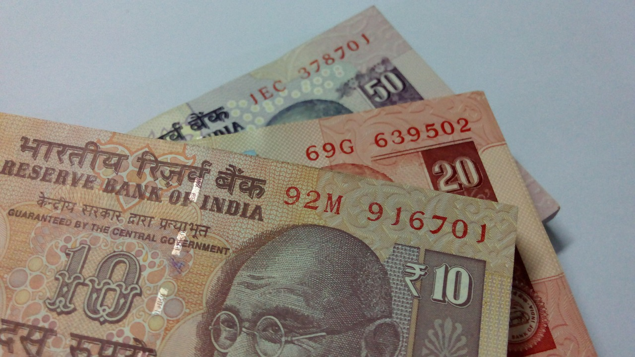 indian-rupees-518045_1280
